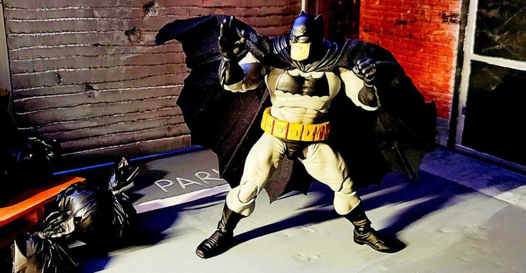 Medicom Mafex Dark Knight Returns Batman Is Incredible Figure