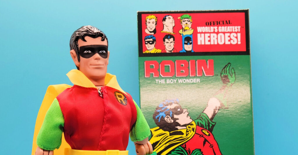 Review DC Comics Retro Style Boxed 8 Inch Action Figures Robin
